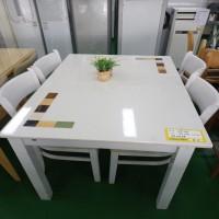 4인 식탁(의자 4개 포함)