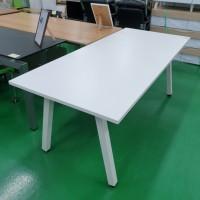 회의 테이블 1800*800 / 화이트  (21082402)